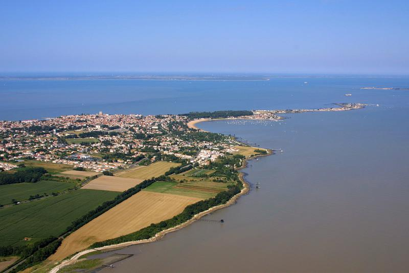 Les campings de fouras entre la rochelle et rochefort en for Piscine rochefort