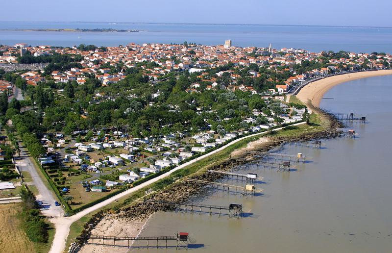 Campsite le cadoret in fouras between la rochelle and for Hotel a fouras